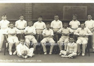 Alan Lester - Cricket team - 1939