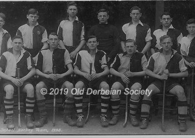 Raybould School Hockey Team 1938